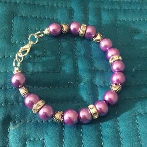 Jewelry - Purple or Mauve faux pearl rhinestone bracelet